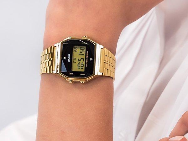 2. Zegarki damskie Casio