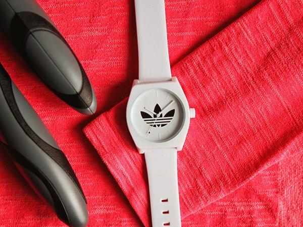 Stylowy zegarek Adidas dla każdej kobiety