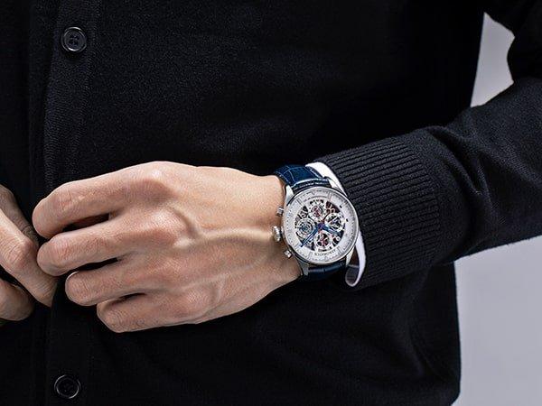 rocznicowy Aerowatch Les Grandes Classiques Anniversary Skeleton to zegarek dla koneserów wyjątkowych