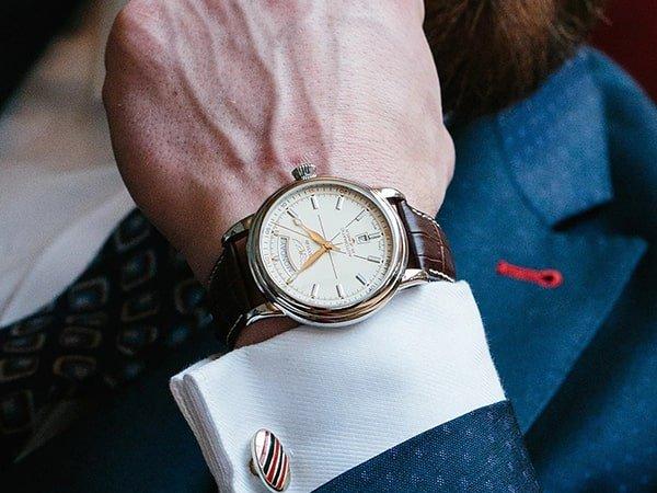 Eleganckie zegarki Aviator dla prawdziwych gentelmanów