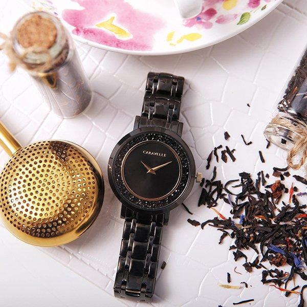 Czarny zegarek Caravelle