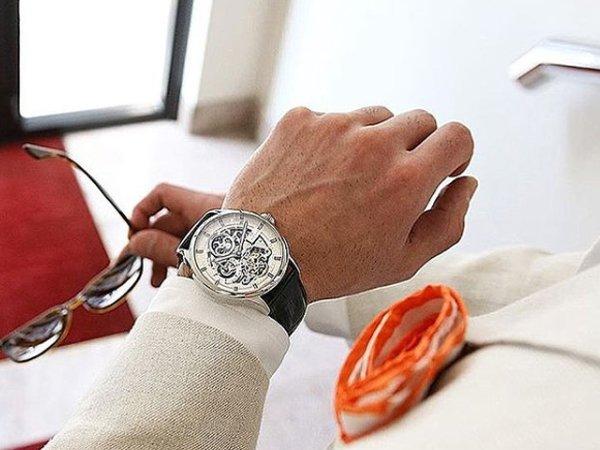 Perfekcja rzemiosła zegarków Carl Von Zeyten typu open heart