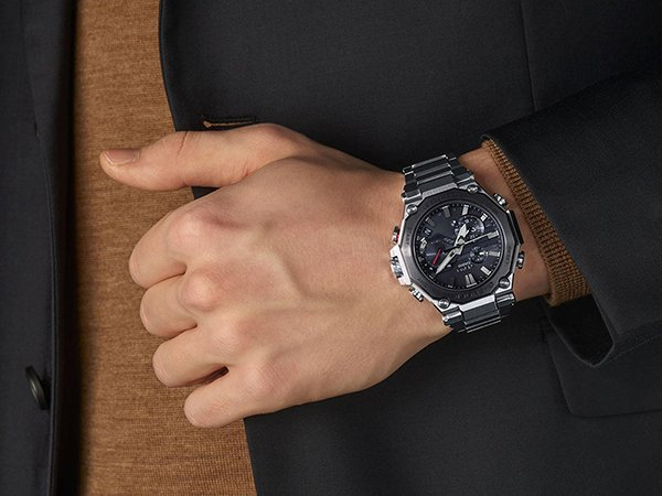 Funkcjonalność zegarków G-SHOCK MTG-B2000