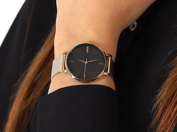 Oryginalny prezent dla żony – stylowy zegarek Lorus