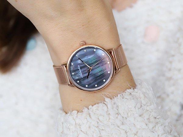Wyrafinowane wzornictwo zegarków damskich Adriatica z tarczą perłową