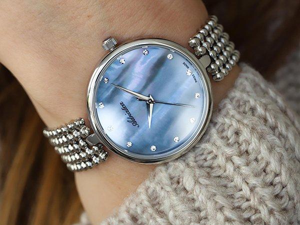 Biżuteryjny zegarek Adriatica  z perłową tarczą