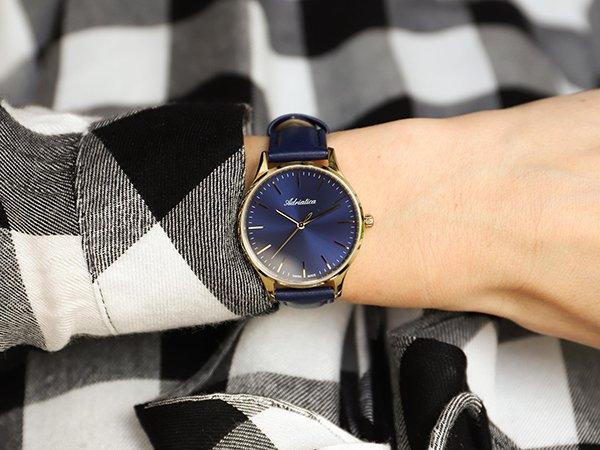 Niebieskie zegarki eleganckie dla pań
