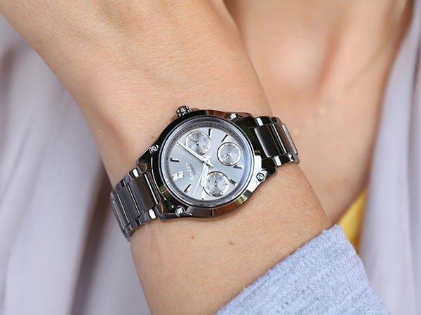 Wygodne jak i stylowe zegarki tytanowe