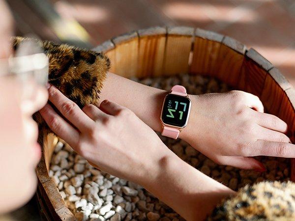 Smartwatch damski z funkcją rozmowy