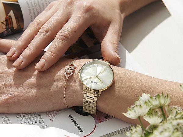 Zegarek damski markowy Lorus na każdą okazję