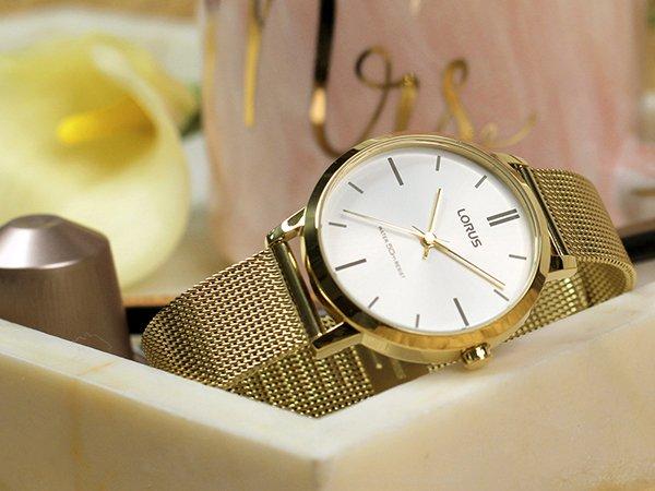 Czytelny zegarek dla babci