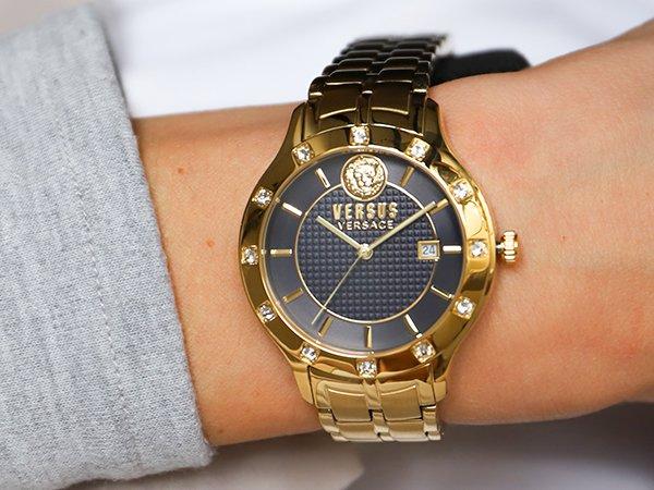 Wygodne działanie zegarków damskich Versus Versace