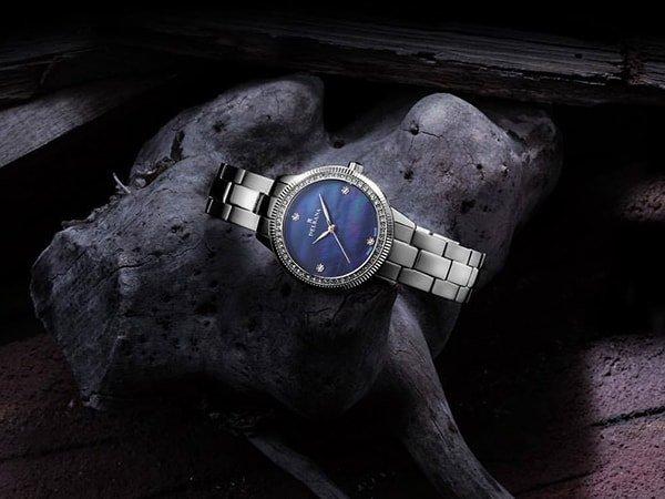 Elegancki, damski zegarek Delbana na każdą okazje