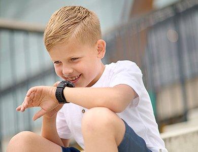 Smartwatch dla dzieci na kartę SIM. Propozycje smartwatchy z funkcją dzwonienia dla dziewczynki i chłopca