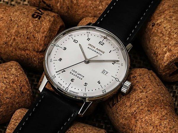 Nowoczesna jak i minimalistyczna stylistyka zegarków Iron Annie Bauhaus