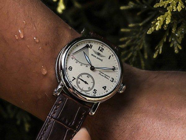 Wyjątkowy zegarek Iron Annie na brązowym skórzanym pasku w ciemnym odcieniu
