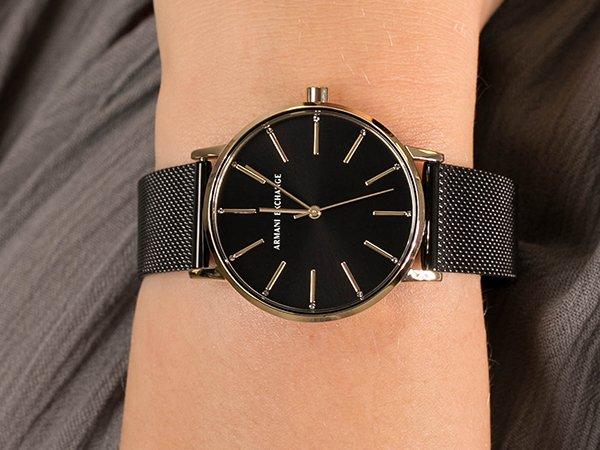 Modne zegarki damskie Armani Exchange dla nastolatek i nie tylko