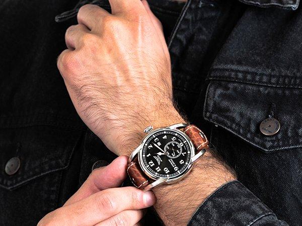 Elegancki jak i klasyczny zegarek Aviator Vintage