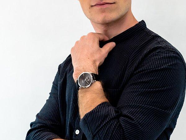 Zegarki DOXA Slim Line - zegarek do garnituru i nie tylko