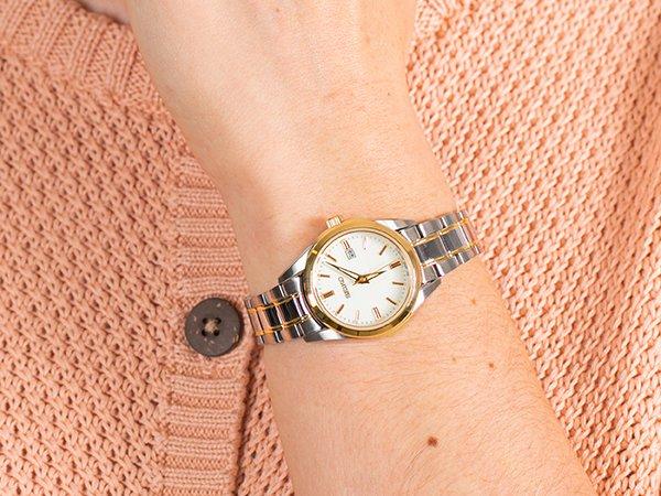 2. Srebro i złoto w zegarkach damskich na przykładzie marki Seiko