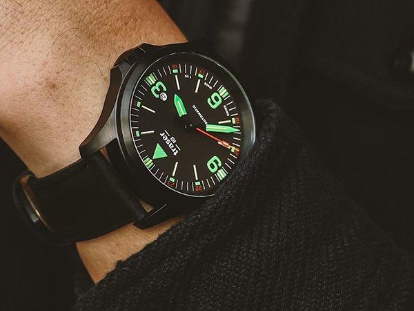 Wysoki standard wykonania zegarków Traser P67 Officer Pro Automatic