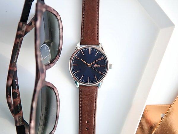 Sportowa elegancja w męskim zegarku Lacoste.