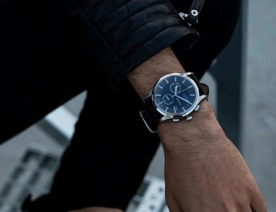 Zegarki Adriatica z fazami księżyca