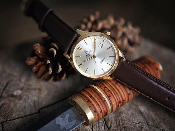 Złoty kolor w zegarkach Atlantic Sealine - czy jest wytrzymały?