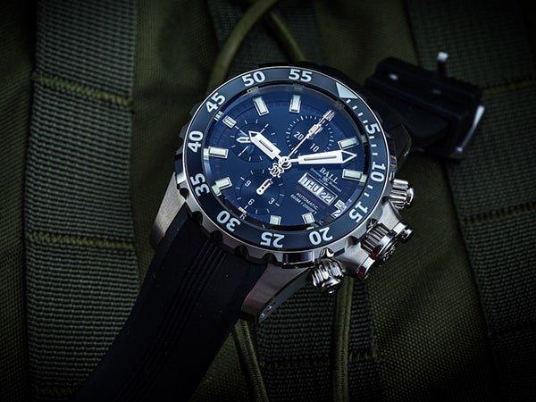 Automatyczny zegarek Ball z komplikacjami.