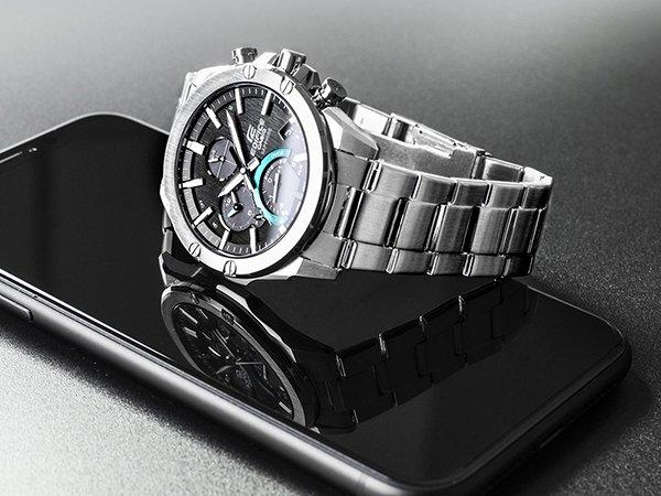 Zegarek Casio Edifice na srebrnej bransolecie w klasycznym stylu