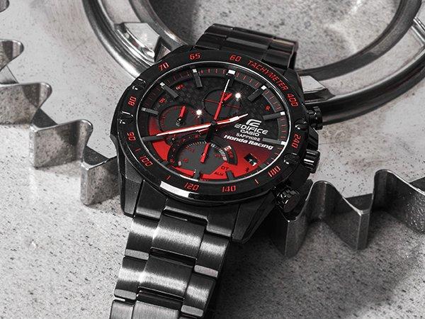 Zegarek pod choinkę dla fana motoryzacji i lotnictwa