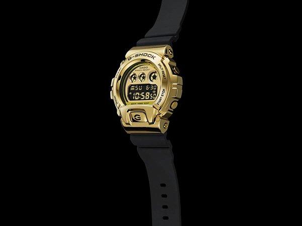 Jubileusz zegarków G-SHOCK GM-6900 w złoto-czarnym kolorze