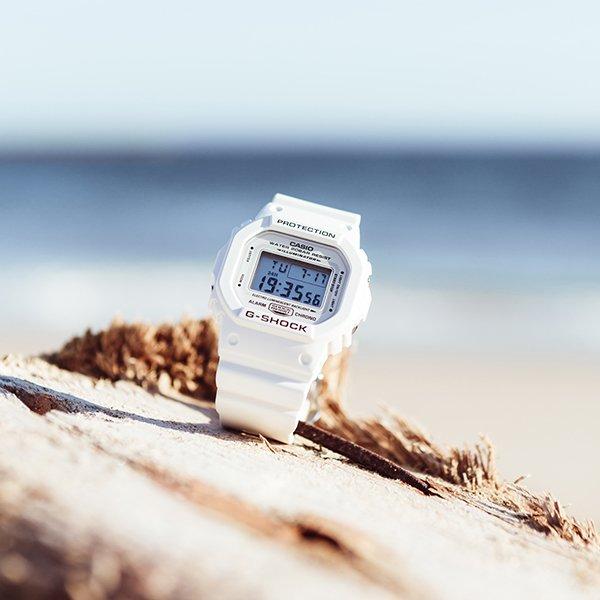 biały zegarek na komunie