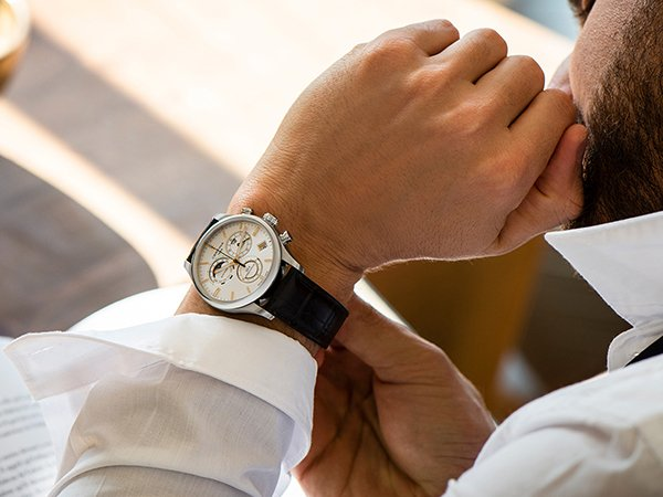 Niezwykła specyfikacja zegarków Certina DS-8