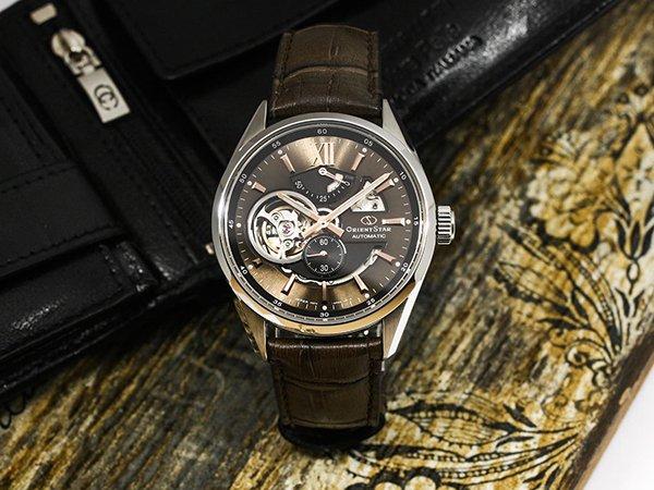 W jakich markach znajdziemy zegarki open-heart?