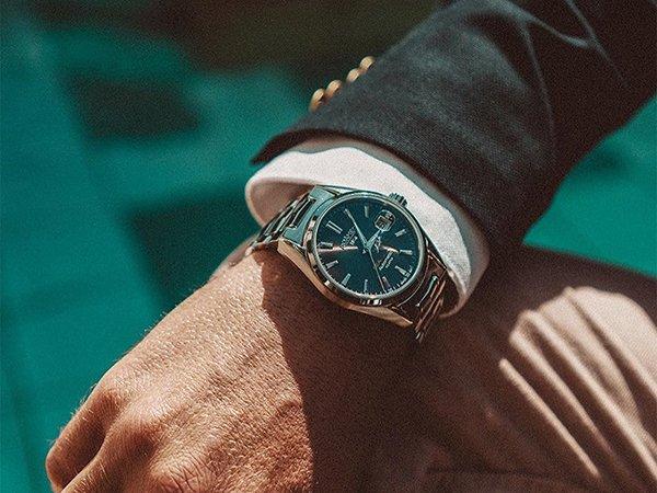 Niezastąpiona klasyka zegarków Roamer Searock