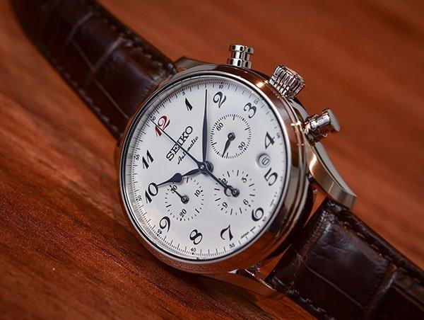 Japoński zegarek automatyczny marki Seiko.