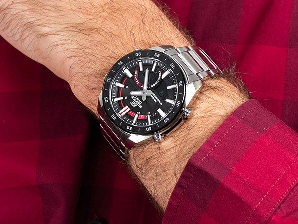 5. Ponadczasowy zegarek na Walentynki dla mężczyzny - Casio Edifice ERA