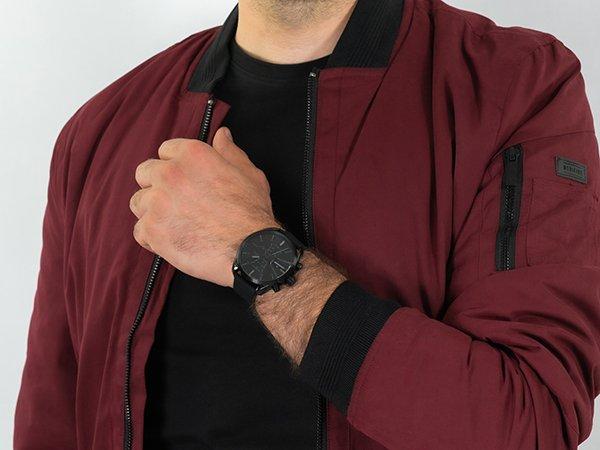 Koronka na lewej stronie - komfort noszenia