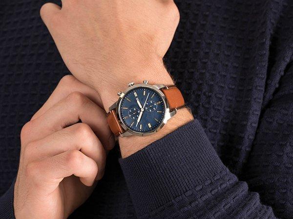 Specyfikacja techniczna zegarków Fossil Towsman