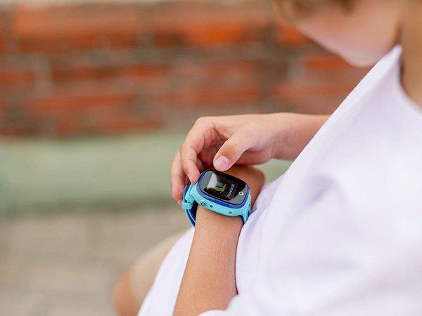 Kolor i wygoda w inteligentnych zegarkach dla dzieci
