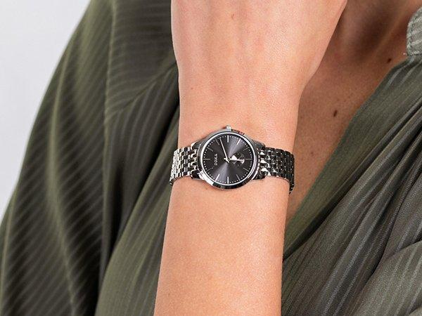 Dla kogo zegarki DOXA Slim Line?