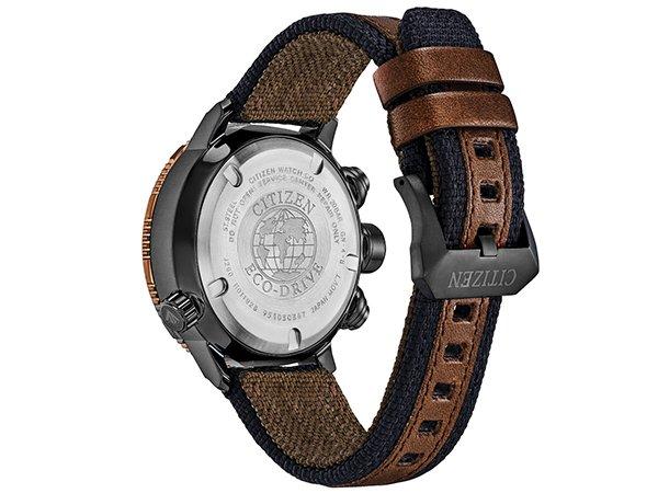 Zegarek z kompasem