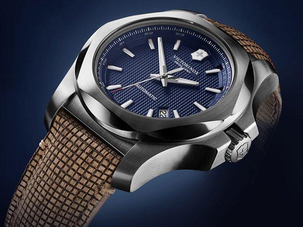 Dlaczego zegarek i scyzoryk Victorinox to doskonały pomysł na prezent świąteczny?