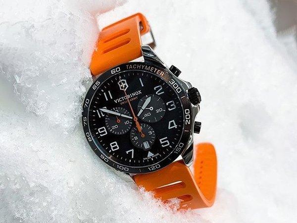 Zegarki Victorinox Fieldfroce na każdą okazję