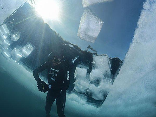 Davosa Argonautic BG przetestowany przez Nika Lindera