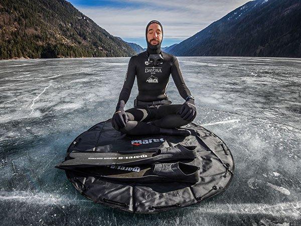 Ekstremalne nurkowanie i zegarek Davosa