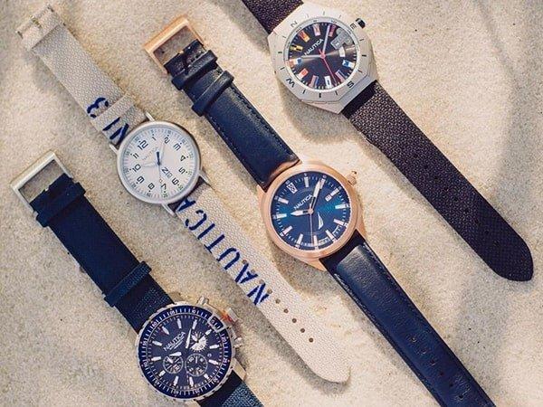 Zegarki Nautica na pasku skórzanym