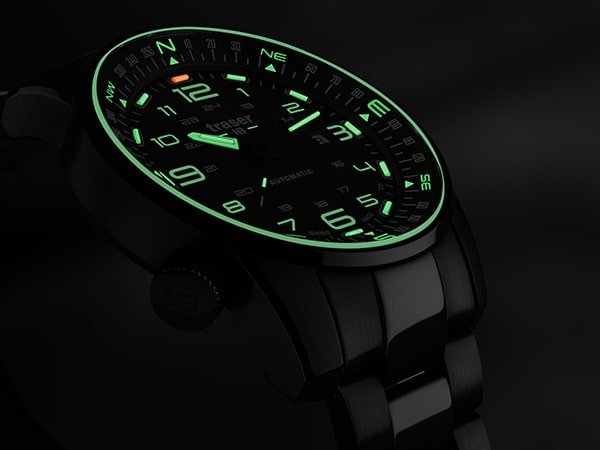 Oświetlenie trytowe w zegarkach Traser