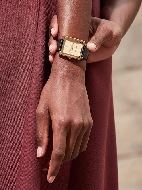 Damski zegarek Anne Klein na pasku
